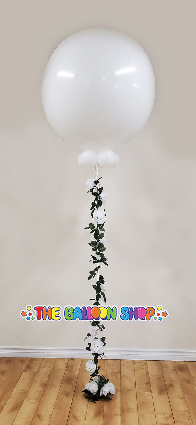 Picture of 3FT Giant Balloon with Rose Garland (helium-filled)