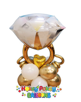 Picture of Diamond Ring Balloon Centerpiece